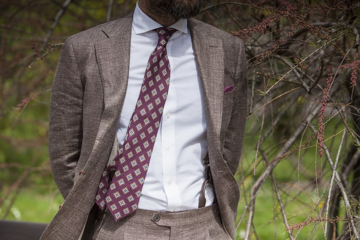 summer linen tie with a suit